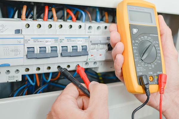 successful electricians